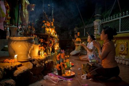 Vientiane-Laos-Wat_Si_Muang small