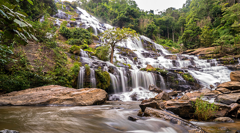 Wachirathan waterfall - Doi Inthanon.jpg